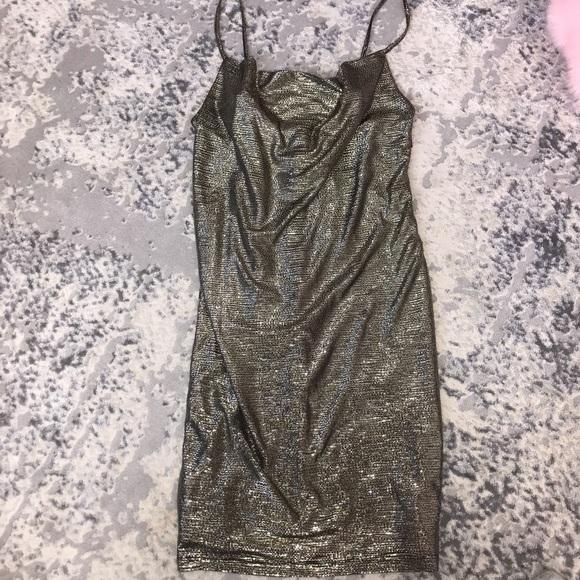 Forever 21 Dresses & Skirts - Shimmer Dress
